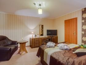 hotel-activia-jastrzebia-gora-0416-hdr-tomaszburcon.com